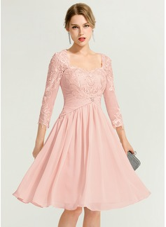 A-Line/Princess Sweetheart Knee-Length Chiffon Cocktail Dress With Ruffle Beading