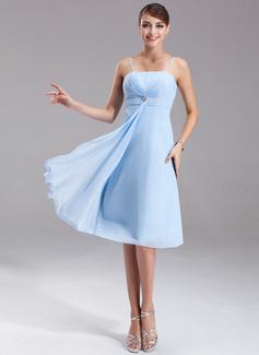 Empire-tyylinen Polvipituinen Sifonki Morsiusneitojen mekko jossa  Kristallirintakoru Laskeutuva röyhelö (007001080) - Morsiusneitojen mekot -  DressFirst e6deaabecd