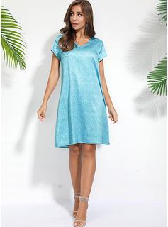 Print Shiftklänningar Korta ärmar Midi Fritids t-shirt Modeklänningar