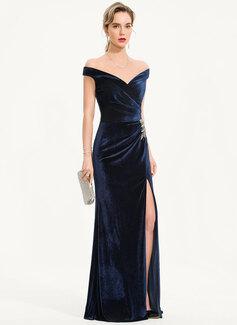 Sheath/Column Off-the-Shoulder Floor-Length Velvet Evening Dress With Beading Split Front