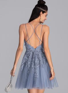 Corte A Escote en V Corto/Mini Tul Vestidos de baile de graduación
