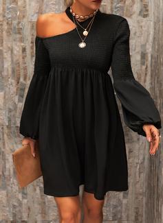 Solid Shiftklänningar Långa ärmar Mini Den lilla svarta Fritids Tunika Modeklänningar