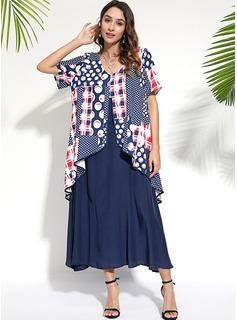 Maxi Litera V Poliester Wydrukować Krótkie Rękawy Modne Suknie