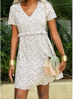 Over Knee V-hals Polyester Print Korte ærmer Mode kjoler