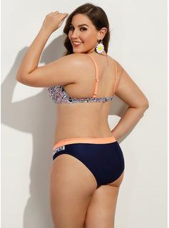 Bikinis Poliester Spandex Fiszbiny Niski stan Push Up Dla kobiet tak Stroje kąpielowe