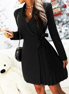 Solid Skede Lange ærmer Mini Den lille sorte Casual Elegant Wrap Mode kjoler