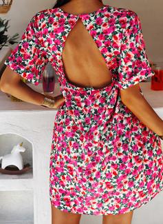 Blommig Print Shiftklänningar Korta ärmar Mini Fritids Semester Tunika Modeklänningar