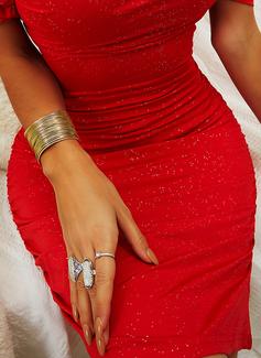cekiny Bodycon Odkryte ramię Krótkie rękawy Mini Mała czarna Impreza Seksowny Modne Suknie