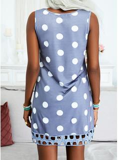 Lunares Impresión Agujereado Vestidos sueltos Sin mangas Mini Casual Vacaciones Vestidos de moda