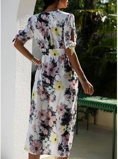 Blommig Print A-linjeklänning Korta ärmar Midi Fritids skater Modeklänningar