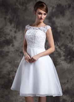 Forme Princesse Col rond Longueur genou Organza Dentelle Robe de mariée