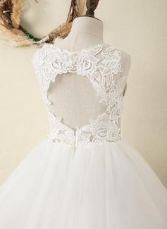 Aライン 膝上丈 フラワーガールのドレス - サテン/チュール/レース 袖なし スクープネック とともに バックホール