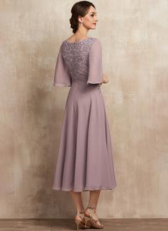 A-Line Scoop Neck Tea-Length Chiffon Lace Cocktail Dress