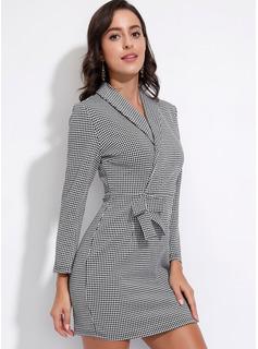Nad kolanem Kolnież garnituru Poliester/Spandex Wydrukować Długie rękawy Modne Suknie