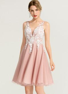 A-Line/Princess V-neck Short/Mini Tulle Cocktail Dress