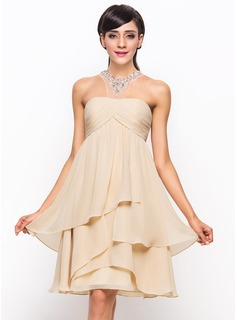 A-Line Scoop Neck Knee-Length Chiffon Cocktail Dress With Ruffle Beading Sequins
