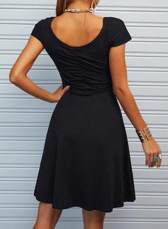 Solido A trapezio Senza maniche Mini Piccolo nero Casuale Elegante Vestiti di moda