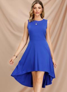 Asymmetrisk rund hals Chiffon Uden Ærmer Solid Mode kjoler