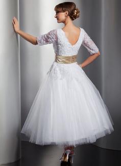 Robe Marquise Col V Longueur mollet Tulle Robe de mariée avec Ceintures Brodé Motifs appliqués Dentelle