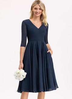 A-Line V-neck Knee-Length Chiffon Cocktail Dress With Pockets