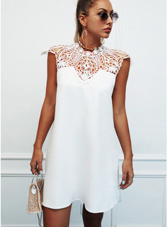 Encaje Sólido Agujereado Vestidos sueltos Sin mangas Mini Casual Vestidos de moda