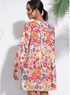 Sobre la rodilla Escote en V poliéster Impresión Mangas Largas Vestidos de moda