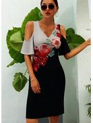 Blommig Print Fodral 1/2 ärmar Kall axel Mini Fritids Semester Modeklänningar
