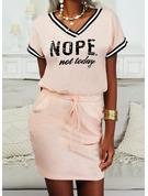 印刷 縞模様の 文字 ボディコンドレス 半袖 ミニ カジュアル ファッションドレス