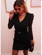 Dentelle Couleur Unie Moulante Manches Longues Manches Bouffantes Mini Petites Robes Noires Fête Élégante Robes tendance