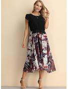 Blomstrete Trykk A-line kjole Kortermer Midi vintage stil Avslappet skater Motekjoler