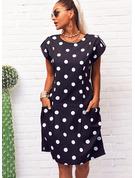 Puntíky Šaty Shift Krátké rukávy Midi Neformální tričko Módní šaty