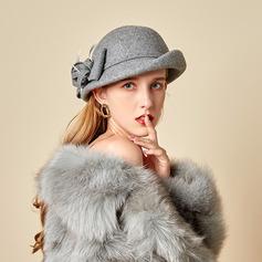 Señoras' Hermoso/Glamorosa/Encanto Madera con Pluma Bombín / cloché Sombrero