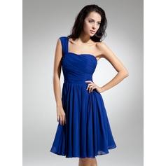 Çan/Prenses Tek-Omuzlu Diz Hizası Chiffon Mezunlar Gecesi Elbisesi Ile Büzgü