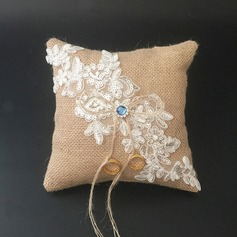 Chic Ring Pillow in Lace/Linen With Rhinestones