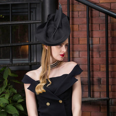 Dames Elegant Polyester met Feather Baret van Hat/Kentucky Derby Hats