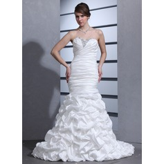 Trumpet/Mermaid Sweetheart Court Train Taffeta Wedding Dress With Ruffle Beading