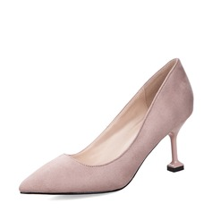 Vrouwen Suede Spool Hak Closed Toe Pumps met Anderen