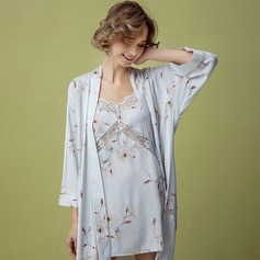 Viscose Fiber Fascinating Feminine Sleepwear Sets