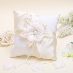 Sunflower Ring Pillow in Satin With Petals