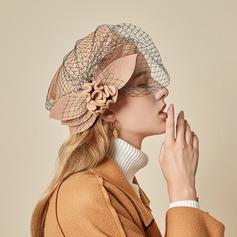Señoras' Hermoso/Glamorosa/Encanto Madera con Flores de seda/Tul Boina Sombrero