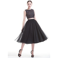 A-Line/Princess Scoop Neck Tea-Length Satin Tulle Prom Dress With Beading Sequins