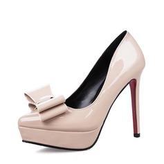 Vrouwen Patent Leather Stiletto Heel Closed Toe Plateau Pumps met strik