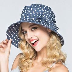 Damene ' Vakkert Polyester Stiv / Cloche Hatt