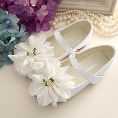 Pigens Lukket Tå Microfiber Læder Flad Hæl Fladsko Flower Girl Shoes med Velcro Blomst (207126983)