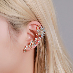 Unique Alloy With Rhinestone Women's Fashion Earrings (Sold in a single piece)