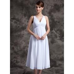 A-linjainen/Prinsessa V-kaula-aukko Polven alle Sifonki Morsiusneitojen mekko jossa Rypytys Helmikuvoinnit