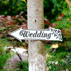 Attractive Classic Wooden Wedding Sign (131067108)