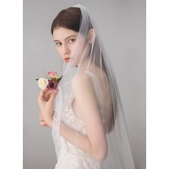 One-tier Lace Applique Edge Fingertip Bridal Veils With Lace (006165490)