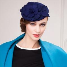 Blomma Formad Ull Hatt