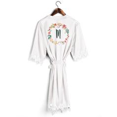 Persoonlijke charmeuse Bruid Bruidsmeisje mam Junior bruidsmeisje Lace gewaden Geborduurde gewaden